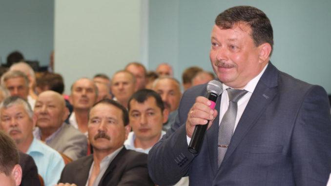 Глава Булзинского поселения Анатолий Титов