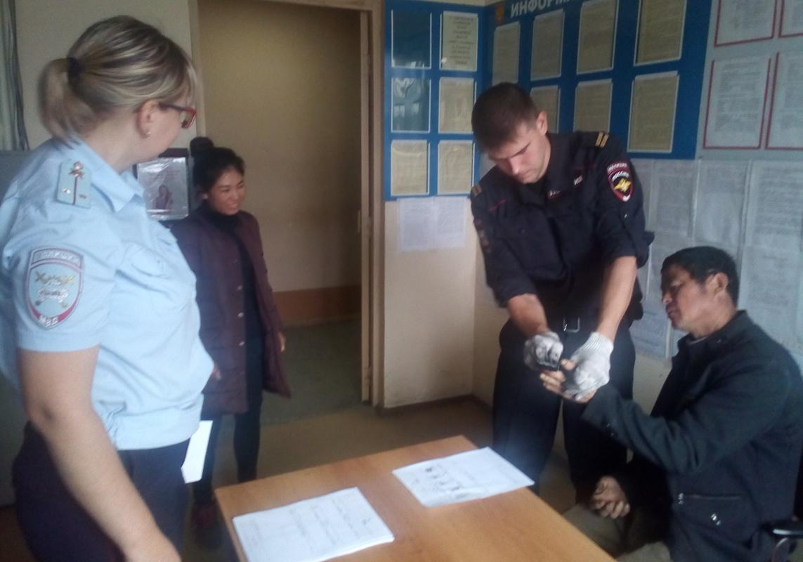 Сотрудники полиции задержали нарушителя миграционного режима
