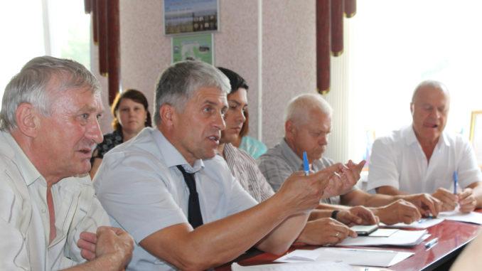Во время встречи шло обсуждение острых проблем Вишневогорского городского поселения
