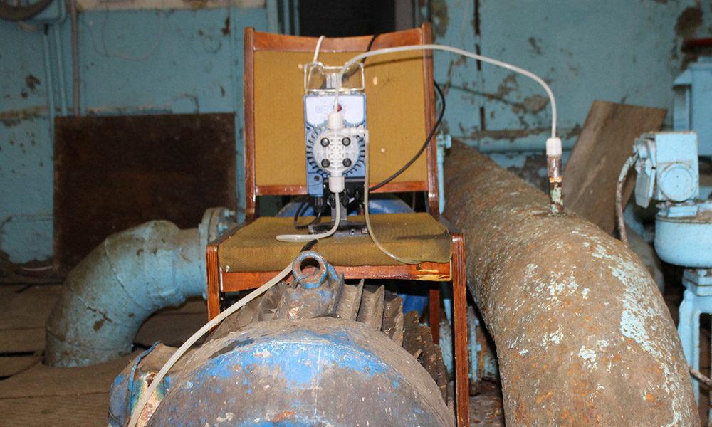 Насос-дозатор в помещении фильтровальной станции
