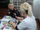 Валентина Плотникова проходит предварительный осмотр перед инъекцией. Курс закончен и в следующий раз она придет за вакциной от гриппа