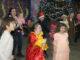 Девочки и мальчики, большие и маленькие – от души веселились на ёлке
