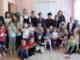 Педагоги и студенты техникума с воспитанниками детского сада «Жемчужинка» после познавательного мероприятия «Все работы хороши»