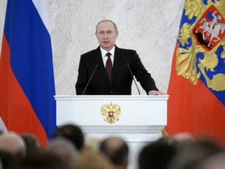 По решению Владимира Путина соцконтракт получит поддержку из федерального бюджета