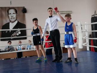 Победу в поединке одержал Егор Шубин (Касли)