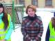 Марина Леонидовна Санатина, зам. директора школы, с ученицами
