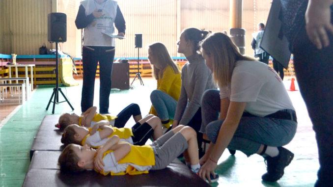 Нормы ГТО сдают и дошкольники, где мамы – первые помощницы