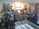 Владимир Семенович Прыкин рассказывает школьникам историю Каслинского отдела полиции
