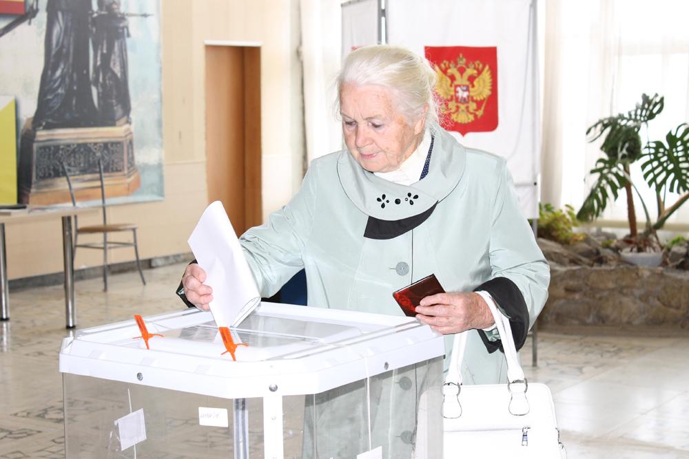 Голосует Людмила Николаевна Чернышова