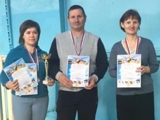 Победители в командном зачете: Наталья Лепаловская (Вишневогорк), Сергей Киприянов (Маук), Галина Титова (Касли)