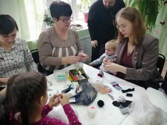 Мастер-класс по лепке ангелов от педагогов Центра детского творчества