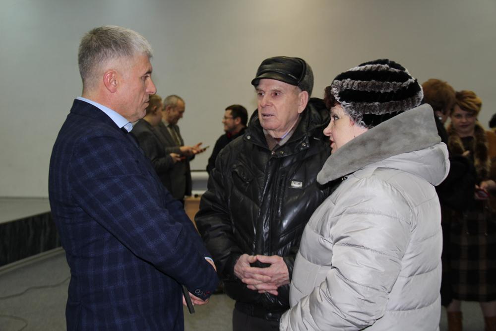 Игорь Владиславович Колышев Колышев на встрече с каслинской общественностью