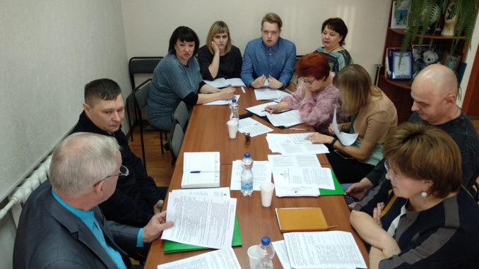 Каслинские районные депутаты обсудили молодежную политику и другое