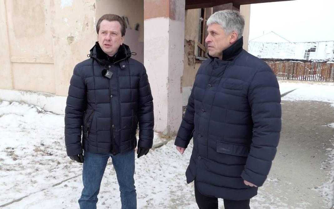 Два Парня Прокачали Двух Возбужденных Русских Девок